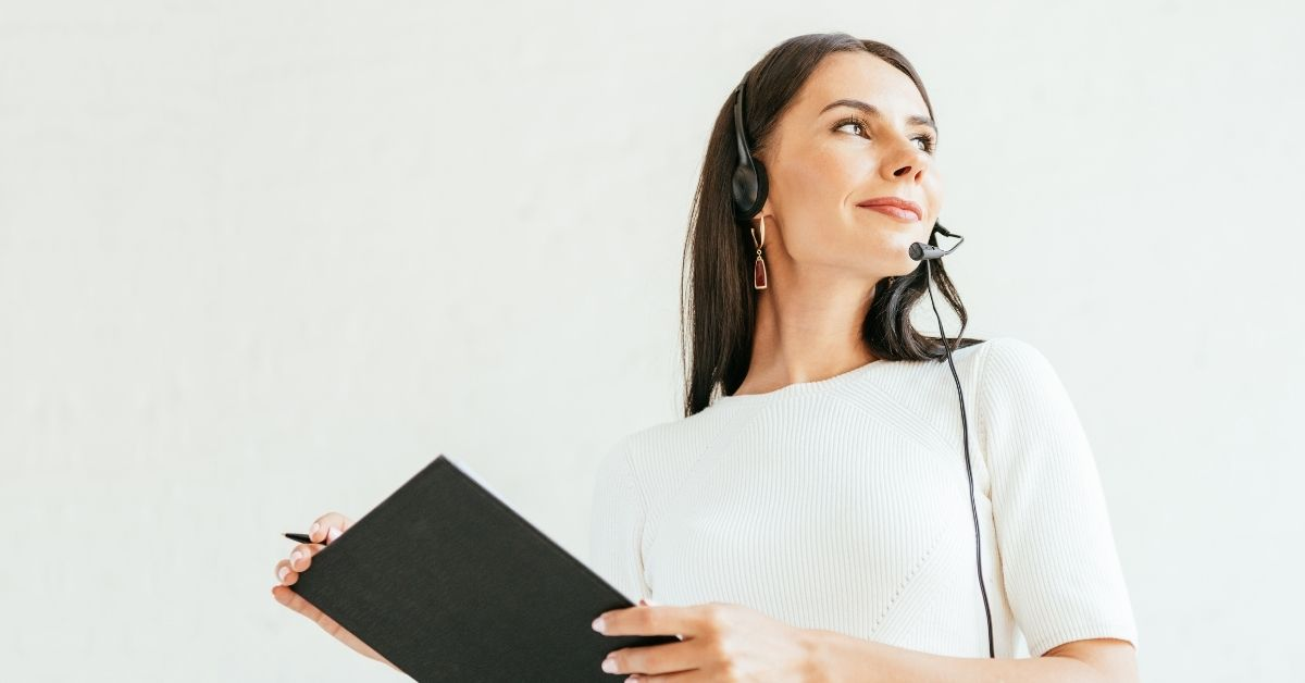 Woman keeps track of KPIs for customer service